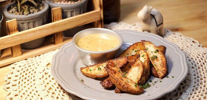烘烤馬鈴薯塊 佐 綿密療癒蜂蜜芥末醬